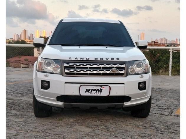 //www.autoline.com.br/carro/land-rover/freelander-22-s-16v-diesel-4p-4x4-turbo-automatico/2011/natal-rn/11857016