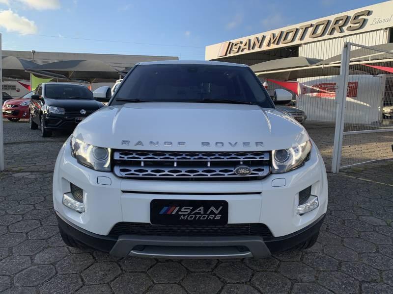 //www.autoline.com.br/carro/land-rover/range-rover-evoque-22-prestige-16v-diesel-4p-4x4-turbo-automatic/2015/itajai-sc/14428959
