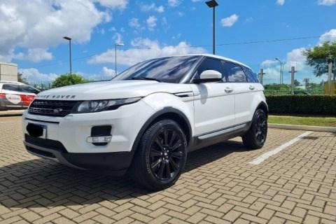 //www.autoline.com.br/carro/land-rover/range-rover-evoque-22-prestige-16v-diesel-4p-4x4-turbo-automatic/2015/porto-alegre-rs/14429387