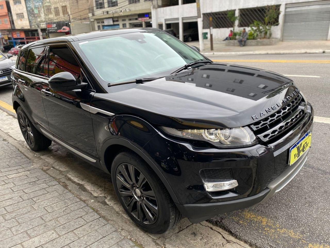 //www.autoline.com.br/carro/land-rover/range-rover-evoque-22-prestige-tech-pack-16v-diesel-4p-4x4-turbo/2015/sao-paulo-sp/15693478