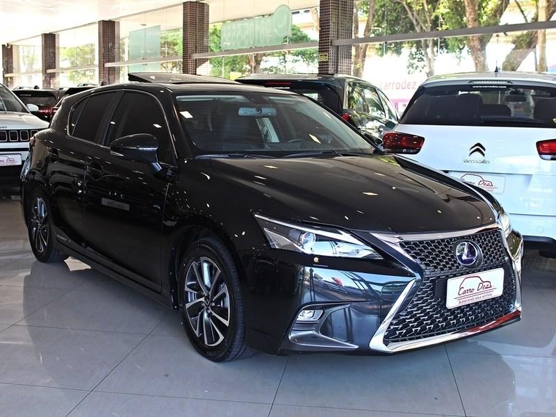 //www.autoline.com.br/carro/lexus/ct-200h-18-eco-16v-flex-4p-automatico/2018/novo-hamburgo-rs/10825750