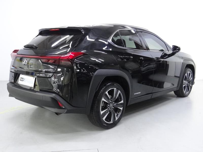 //www.autoline.com.br/carro/lexus/ux-250h-20-luxury-16v-gasolina-4p-cvt/2019/curitiba-pr/15860114