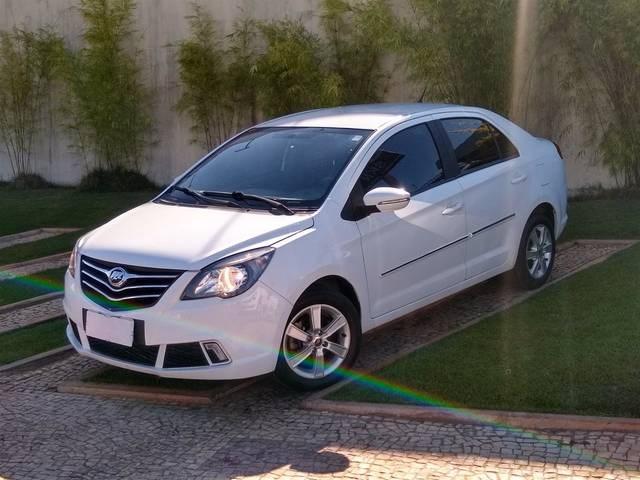 //www.autoline.com.br/carro/lifan/530-15-16v-gasolina-4p-manual/2016/brasilia-df/14251785