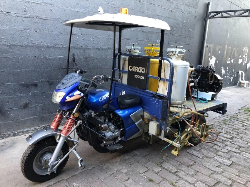 //www.autoline.com.br/moto/lifan/cargo-200-zh-triciclo-carga/2012/jundiai-sp/14877187