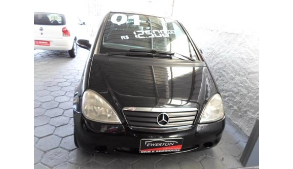 //www.autoline.com.br/carro/mercedes-benz/a-190-19-elegance-8v-gasolina-4p-automatico/2001/mogi-das-cruzes-sp/4509533