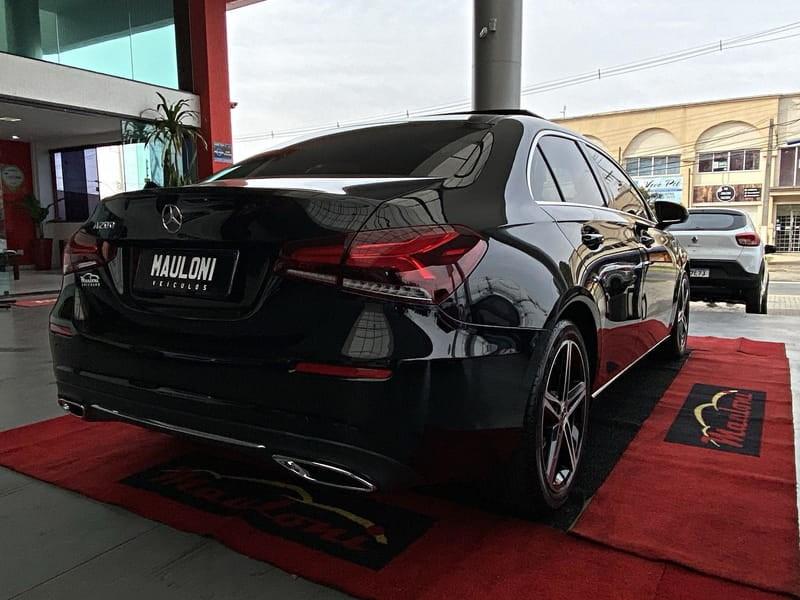 //www.autoline.com.br/carro/mercedes-benz/a-200-13-sedan-turbo-advance-16v-gasolina-4p-automa/2020/curitiba-pr/15237811