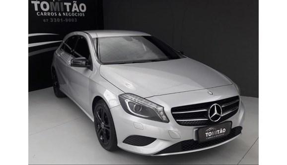 //www.autoline.com.br/carro/mercedes-benz/a-200-16-urban-16v-gasolina-4p-automatizado/2013/campo-grande-ms/6850296