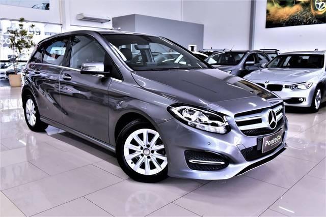 //www.autoline.com.br/carro/mercedes-benz/b-200-16-156cv-16v-flex-4p-automatizado/2017/florianopolis-sc/12654266