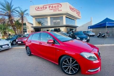 //www.autoline.com.br/carro/mercedes-benz/b-200-16-turbo-sport-cgi-16v-156cv-4p-gasolina-auto/2012/brasilia-df/14595017
