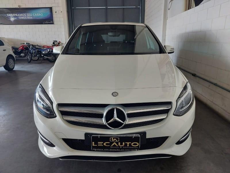 //www.autoline.com.br/carro/mercedes-benz/b-200-16-turbo-16v-flex-4p-automatizado/2018/montenegro-rs/14797134