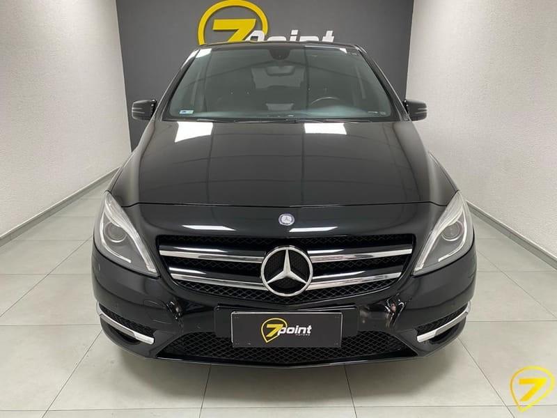 //www.autoline.com.br/carro/mercedes-benz/b-200-16-turbo-16v-gasolina-4p-automatizado/2013/sao-jose-dos-pinhais-pr/15130376