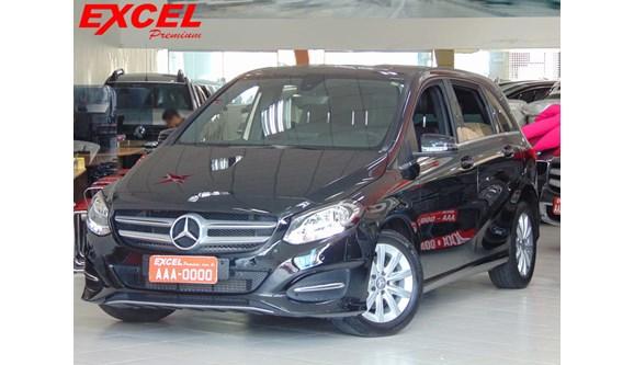 //www.autoline.com.br/carro/mercedes-benz/b-200-16-turbo-156cv-4p-flex-automatico/2015/curitiba-pr/7059430