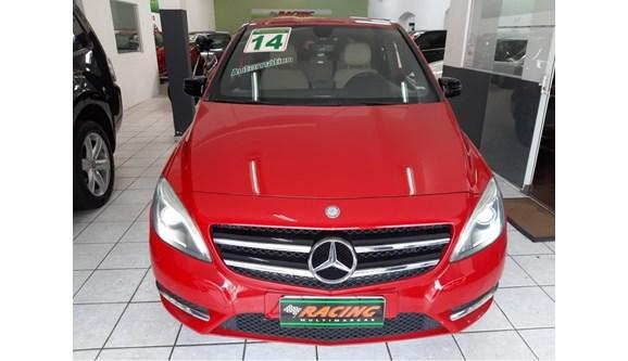 //www.autoline.com.br/carro/mercedes-benz/b-200-16-turbo-156cv-4p-gasolina-automatico/2014/sao-paulo-sp/8085985