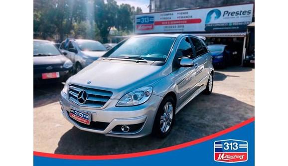 //www.autoline.com.br/carro/mercedes-benz/b-200-20-136cv-8v-gasolina-4p-automatico/2010/santos-sp/9014425