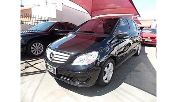 //www.autoline.com.br/carro/mercedes-benz/b-200-20-2-135cv-4p-gasolina-automatico/2007/curitiba-pr/6723440