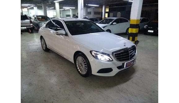 //www.autoline.com.br/carro/mercedes-benz/c-180-16-exclusive-16v-sedan-flex-4p-automatico/2018/belo-horizonte-mg/10113193