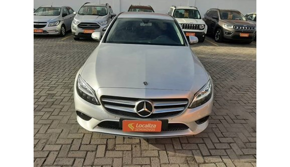 //www.autoline.com.br/carro/mercedes-benz/c-180-16-avantgarde-16v-sedan-flex-4p-automatico/2019/maceio-al/10906245