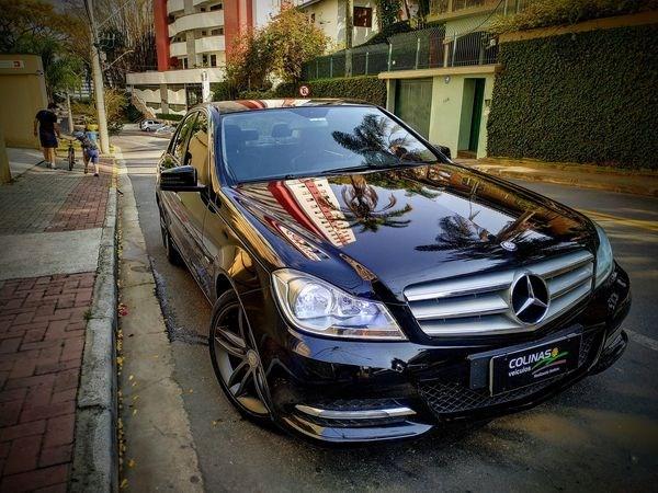//www.autoline.com.br/carro/mercedes-benz/c-180-18-cgi-coupe-18-16v-turbo-gasolina-4p-automat/2012/sao-jose-dos-campos-sp/12809819