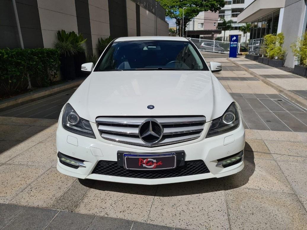 //www.autoline.com.br/carro/mercedes-benz/c-180-16-touring-16v-gasolina-4p-automatico/2014/sao-paulo-sp/13853757