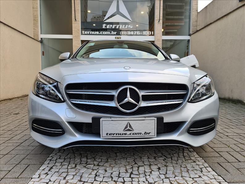 //www.autoline.com.br/carro/mercedes-benz/c-180-16-cgi-16v-turbo-sport-156cv-4p-gasolina-auto/2015/sao-paulo-sp/13947109