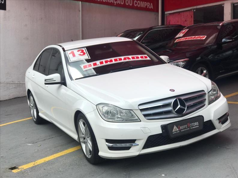//www.autoline.com.br/carro/mercedes-benz/c-180-16-cgi-turbo-16v-gasolina-4p-automatico/2013/sao-paulo-sp/14011535