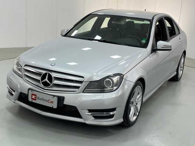 //www.autoline.com.br/carro/mercedes-benz/c-180-16-turbo-sport-16v-gasolina-4p-automatico/2014/curitiba-pr/14794183