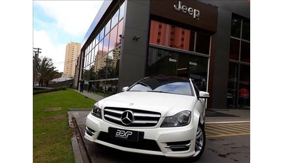 //www.autoline.com.br/carro/mercedes-benz/c-180-16-cgi-coupe-sport-16v-turbo-4p-automatico/2015/sao-paulo-sp/6966541