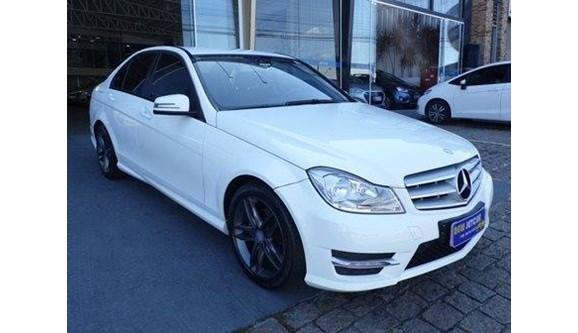 //www.autoline.com.br/carro/mercedes-benz/c-180-16-cgi-sport-16v-turbo-gasolina-4p-automatico/2014/vinhedo-sp/7573489