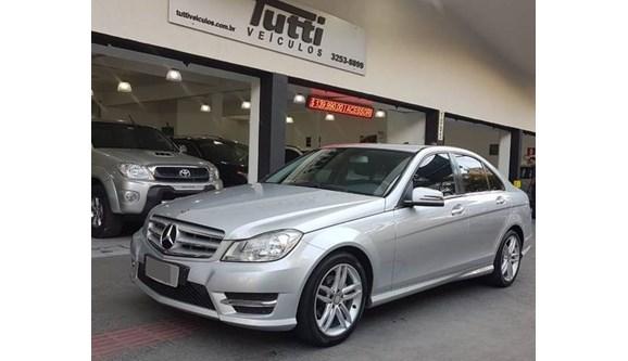 //www.autoline.com.br/carro/mercedes-benz/c-180-16-cgi-sport-16v-turbo-gasolina-4p-automatico/2014/belo-horizonte-mg/9256046