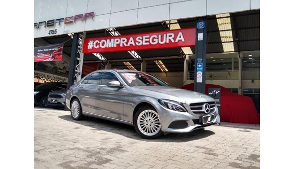 //www.autoline.com.br/carro/mercedes-benz/c-200-20-avantgarde-16v-sedan-gasolina-4p-automatic/2016/sao-paulo-sp/13002820