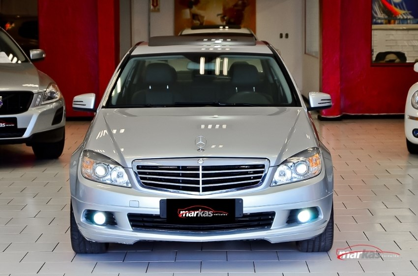 //www.autoline.com.br/carro/mercedes-benz/c-200-18-kompressor-classic-special-184cv-4p-gasoli/2009/porto-alegre-rs/13008018