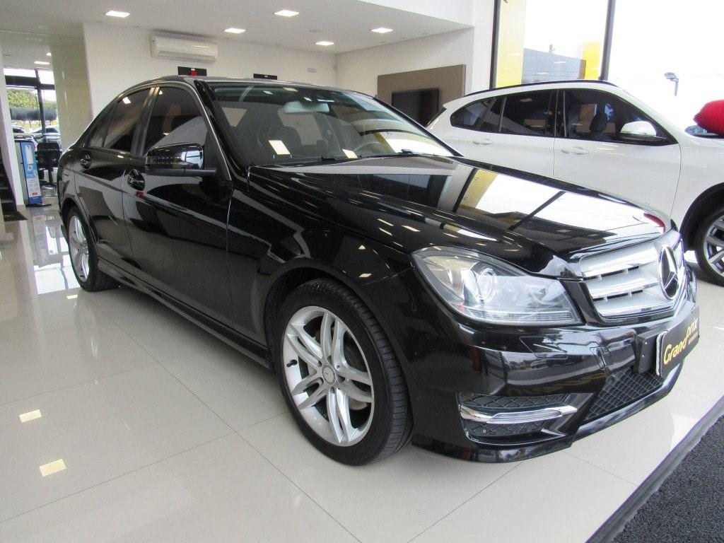 //www.autoline.com.br/carro/mercedes-benz/c-200-18-avantgarde-16v-sedan-gasolina-4p-automatic/2014/curitiba-pr/14689013