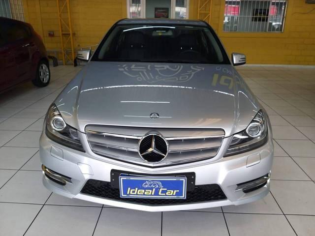 //www.autoline.com.br/carro/mercedes-benz/c-200-18-turbo-sport-16v-gasolina-4p-automatico/2014/sao-paulo-sp/14812340