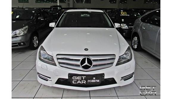//www.autoline.com.br/carro/mercedes-benz/c-200-20-cgi-avantgarde-16v-gasolina-4p-automatico/2014/sao-paulo-sp/5519802