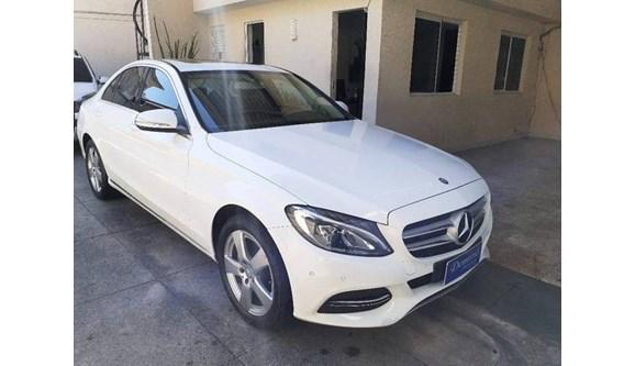 //www.autoline.com.br/carro/mercedes-benz/c-200-20-cgi-avantgarde-16v-gasolina-4p-automatico/2015/niteroi-rj/8102694