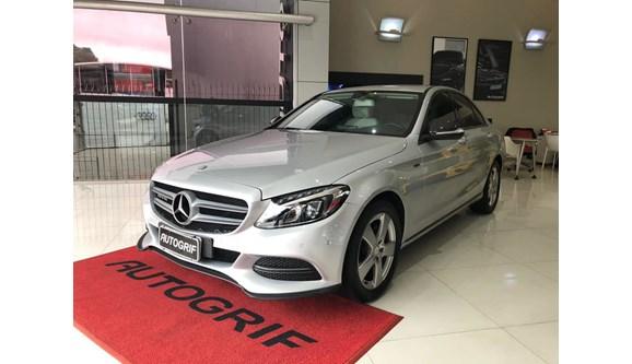 //www.autoline.com.br/carro/mercedes-benz/c-200-20-cgi-avantgarde-16v-gasolina-4p-automatico/2015/curitiba-pr/8211360