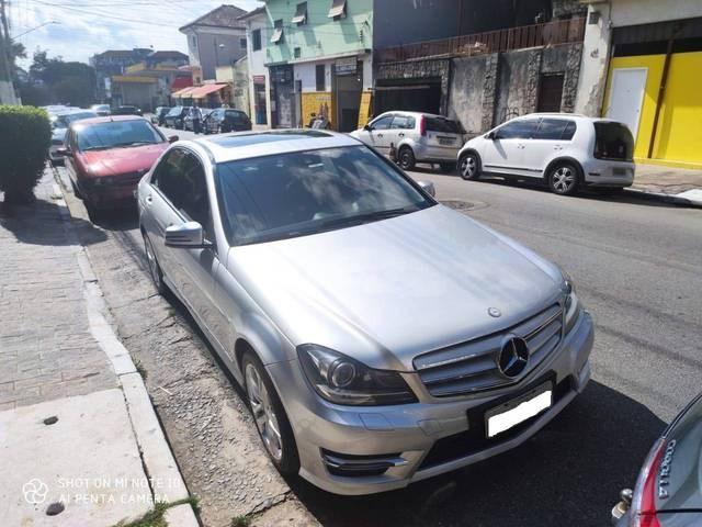 //www.autoline.com.br/carro/mercedes-benz/c-200-touring-18-cgi-avantgarde-tb-184cv-4p-gasolina-automa/2013/sao-paulo-sp/12892864
