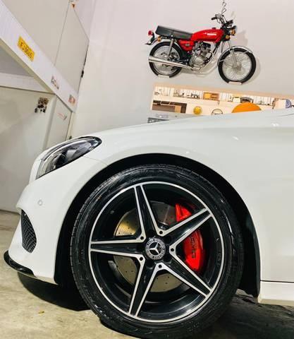 //www.autoline.com.br/carro/mercedes-benz/c-300-20-sport-16v-gasolina-4p-turbo-automatico/2017/herval-doeste-sc/15843879