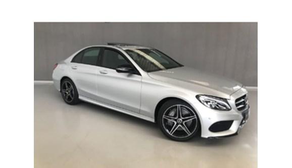 //www.autoline.com.br/carro/mercedes-benz/c-300-20-sport-16v-gasolina-4p-automatico/2018/cascavel-pr/8261480