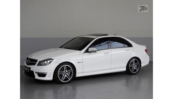 //www.autoline.com.br/carro/mercedes-benz/c-63-62-amg-32v-sedan-gasolina-4p-automatico/2014/curitiba-pr/6330029