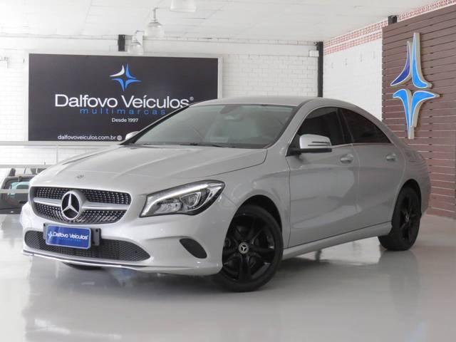 //www.autoline.com.br/carro/mercedes-benz/cla-180-16-16v-sedan-gasolina-4p-automatizado/2018/balneario-camboriu-sc/10392052