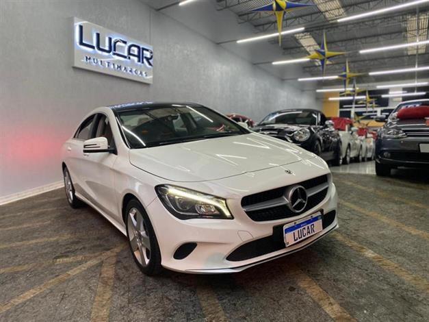//www.autoline.com.br/carro/mercedes-benz/cla-180-16-16v-sedan-gasolina-4p-automatizado/2018/sao-paulo-sp/14728215