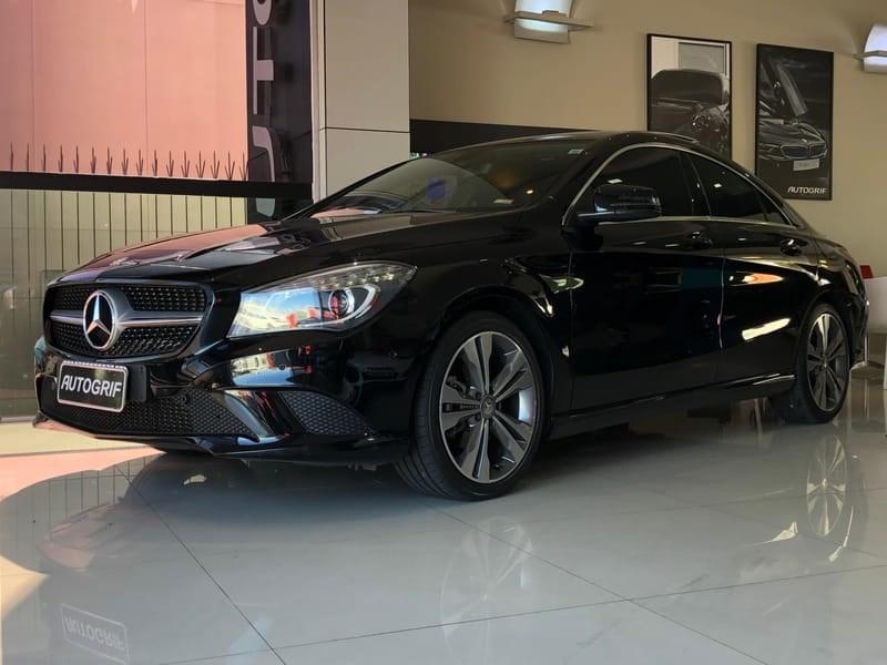 //www.autoline.com.br/carro/mercedes-benz/cla-200-16-vision-turbo-156cv-4p-flex-automatico/2015/curitiba-pr/11213880
