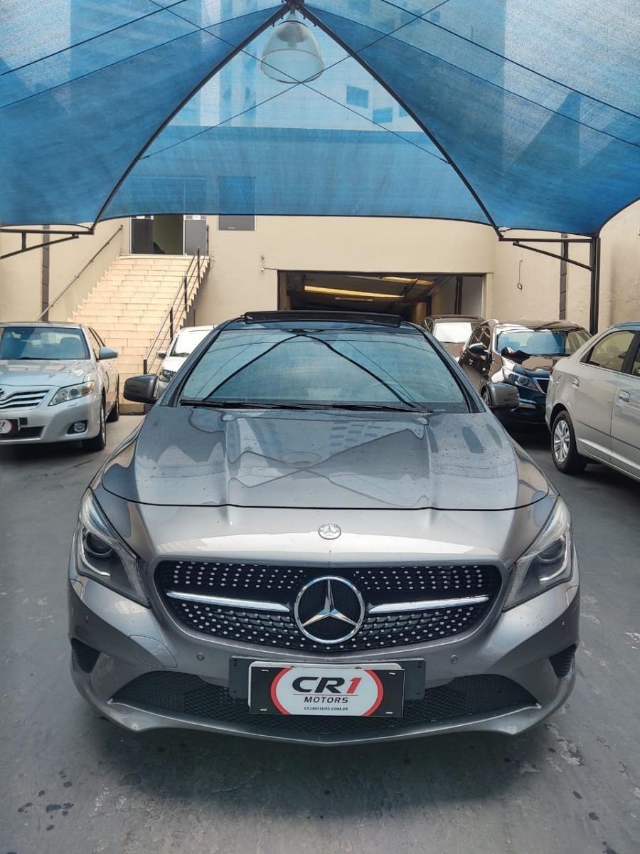 //www.autoline.com.br/carro/mercedes-benz/cla-200-16-1st-edition-16v-gasolina-4p-automatizado/2014/sao-paulo-sp/12602167