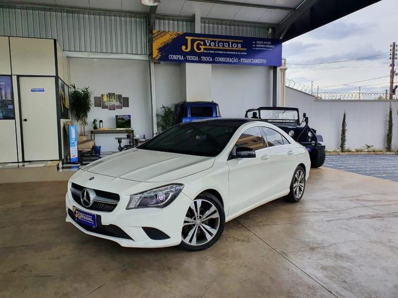 //www.autoline.com.br/carro/mercedes-benz/cla-200-16-turbo-1st-edition-16v-gasolina-4p-automati/2014/rio-verde-go/14239674