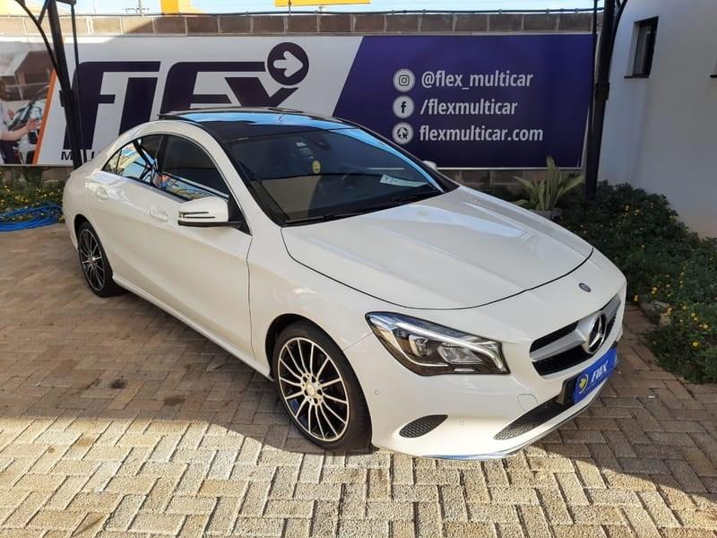 //www.autoline.com.br/carro/mercedes-benz/cla-200-16-vision-16v-flex-4p-turbo-automatizado/2017/cascavel-pr/14758574