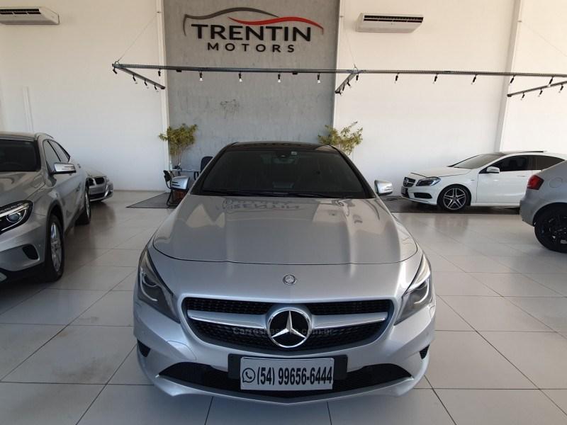 //www.autoline.com.br/carro/mercedes-benz/cla-200-16-vision-16v-gasolina-4p-turbo-automatizado/2015/erechim-rs/15043619