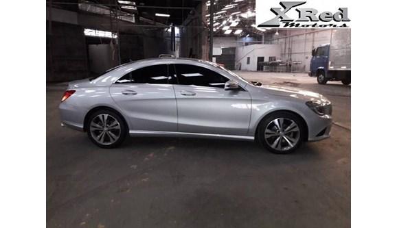 //www.autoline.com.br/carro/mercedes-benz/cla-200-16-urban-16v-flex-4p-automatizado/2016/sao-paulo-sp/8036929
