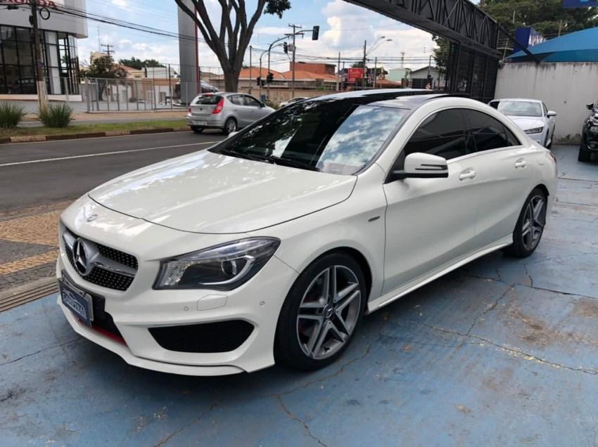 //www.autoline.com.br/carro/mercedes-benz/cla-250-20-sport-16v-gasolina-4p-4x4-turbo-automatiza/2016/campinas-sp/14228883