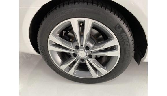 //www.autoline.com.br/carro/mercedes-benz/e-250-20-16v-coupe-gasolina-2p-automatico/2015/blumenau-sc/12780148